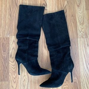 Black Suede SUPER SEXY knee high boots!